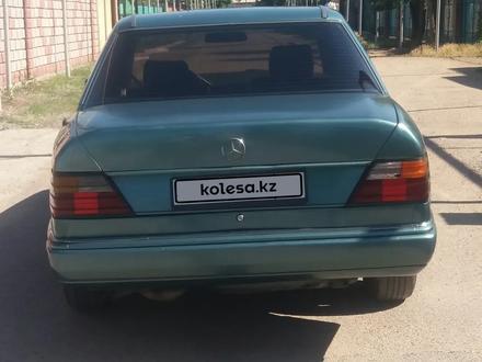Mercedes-Benz E 230 1989 года за 1 050 000 тг. в Алматы – фото 5
