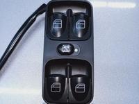Кнопка блок стеклоподъёмника Mercedes-Benz W 463 за 35 000 тг. в Алматы