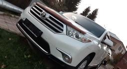 Toyota Highlander 2012 года за 14 750 000 тг. в Нур-Султан (Астана)