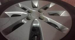 Шины с титановыми дисками в комплекте за 75 000 тг. в Атырау – фото 2
