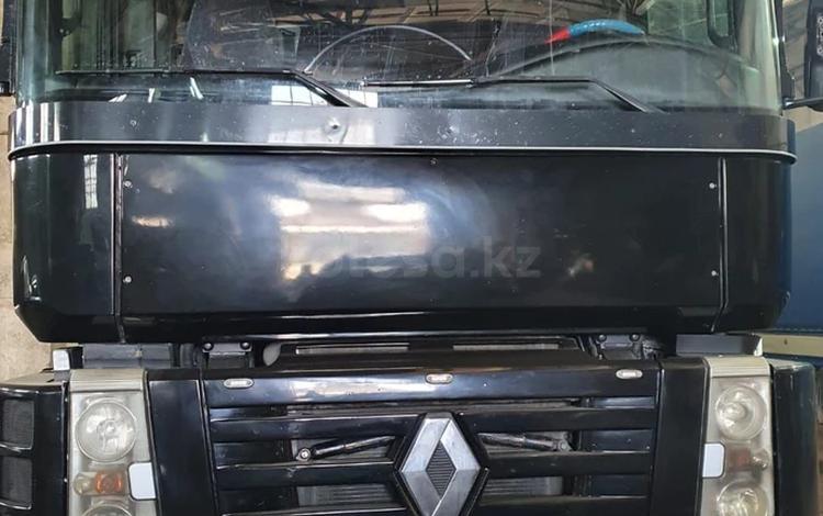 Renault  MAGNUM 2004 года за 10 500 000 тг. в Караганда