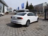 Volkswagen Passat Business 1.4 TSI 2021 года за 15 490 000 тг. в Костанай – фото 5
