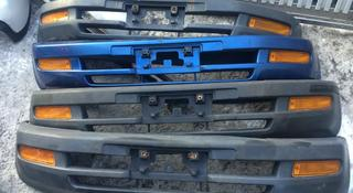 Передний бампер на Toyota RAV-4 за 25 000 тг. в Алматы