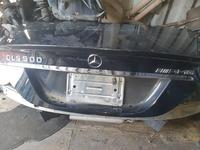 Крышка багажника в оригинале за 1 500 тг. в Алматы