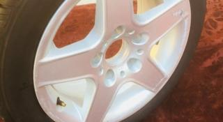 Титановые диски с шинами на BMW R 15 за 85 000 тг. в Шымкент