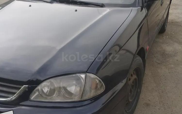 Toyota Avensis 2000 года за 1 800 000 тг. в Алматы