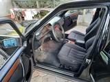 Mercedes-Benz E 220 1995 года за 1 850 000 тг. в Талгар – фото 2