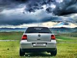 Volkswagen Golf 2002 года за 1 100 000 тг. в Ереван – фото 2