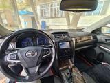 Toyota Camry 2014 года за 9 300 000 тг. в Тараз – фото 2