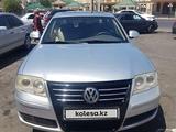 Volkswagen Passat 2006 года за 2 200 000 тг. в Тараз – фото 2