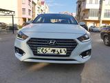 Hyundai Accent 2019 года за 6 100 000 тг. в Актобе – фото 2