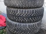 Зимние шины есть 14 13 с дисками и без за 35 000 тг. в Костанай
