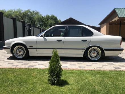 BMW 525 1994 года за 3 000 000 тг. в Алматы – фото 4
