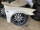 Крыло передние правое Toyota Camry 20 за 25 000 тг. в Талдыкорган