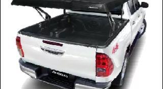 Крышка Aeroklas из ABS пластика с электроприводом для Hilux 2015 за 678 500 тг. в Атырау