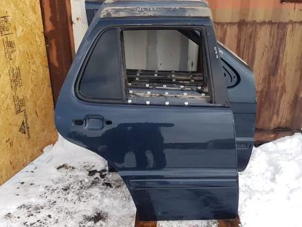 Дверь задняя правая за 12 000 тг. в Алматы