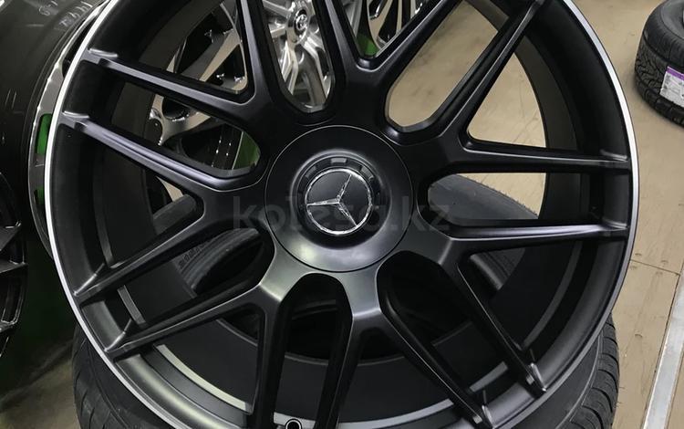 Mercedes 221 w 222 R20 разно размерные за 430 000 тг. в Нур-Султан (Астана)
