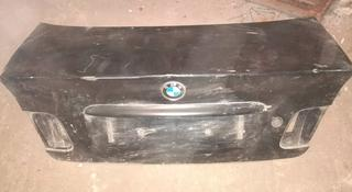Крышка багажника BMW e46 седан за 10 000 тг. в Караганда