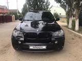 BMW X5 2010 года за 9 700 000 тг. в Актобе