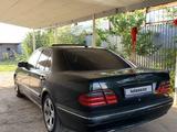Mercedes-Benz E 280 2001 года за 3 600 000 тг. в Алматы – фото 4