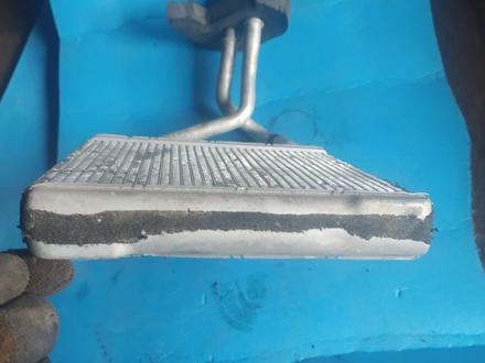 Радиатор печки на MERCEDES w211 за 12 000 тг. в Алматы – фото 4