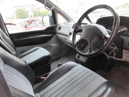 Mitsubishi Delica 2005 года за 3 400 000 тг. в Алматы – фото 8