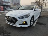 Hyundai Sonata 2018 года за 8 100 000 тг. в Алматы – фото 2