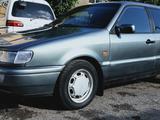 Volkswagen Passat 1994 года за 1 780 000 тг. в Караганда