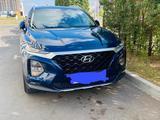 Hyundai Santa Fe 2019 года за 14 200 000 тг. в Нур-Султан (Астана)