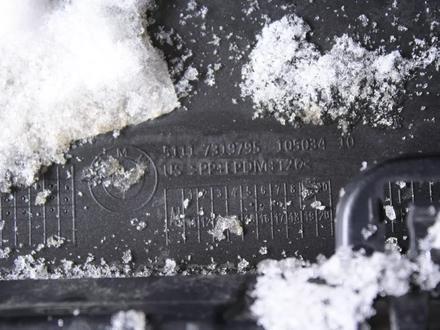 Передний бампер на x6 f16 оригинал, есть трещина 1827 за 35 000 тг. в Нур-Султан (Астана) – фото 3
