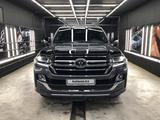Toyota Land Cruiser 2019 года за 36 500 000 тг. в Нур-Султан (Астана)