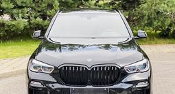 BMW X5 2019 года за 33 950 000 тг. в Алматы – фото 2