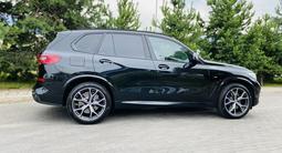 BMW X5 2019 года за 33 950 000 тг. в Алматы – фото 4