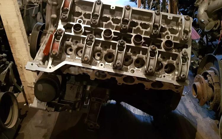 Блок двигателя комплект за 11 111 тг. в Петропавловск