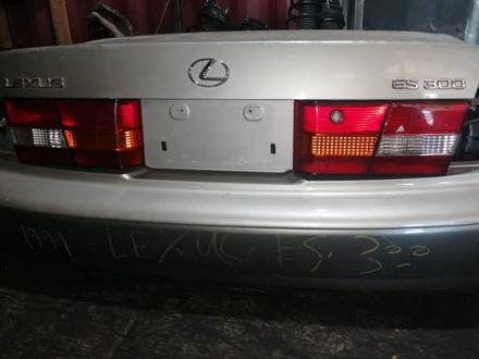 Lexus Es 300 Задний бампер оригинал за 2 878 тг. в Алматы – фото 2