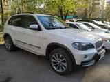 BMW X5 2008 года за 7 500 000 тг. в Алматы – фото 2