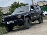 Jeep Cherokee 1993 года за 1 700 000 тг. в Семей