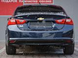 Chevrolet Malibu 2018 года за 7 100 000 тг. в Шымкент – фото 5