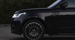 Land Rover Range Rover 2014 года за 31 000 000 тг. в Алматы – фото 5