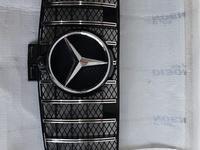Mercedes-benz GLE 166. GT Центральная решётка радиатора за 120 000 тг. в Алматы