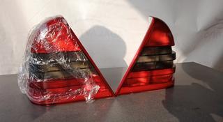Задние фонари тонированные Mercedes-Benz w202 за 8 000 тг. в Алматы