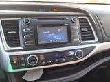 Toyota Highlander 2014 года за 14 500 000 тг. в Семей – фото 5