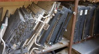 Радиаторы кондиционера на мерседес за 1 111 тг. в Алматы