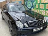 Mercedes-Benz E 270 2002 года за 3 000 000 тг. в Атырау – фото 2