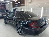 Mercedes-Benz E 270 2002 года за 3 000 000 тг. в Атырау – фото 4