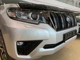 Toyota Land Cruiser Prado Prestige 2.7 2021 года за 26 430 000 тг. в Нур-Султан (Астана) – фото 4