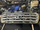 Решетка радиатора Toyota Land Cruiser 200 за 20 000 тг. в Талдыкорган