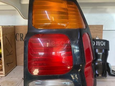 Задние фонари Mitsubishi Montero Sport за 1 000 тг. в Караганда