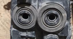 Фары на Toyota Land Cruiser 100 оригинал за 60 000 тг. в Караганда – фото 4