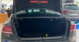 Volkswagen Passat 2020 года за 13 411 000 тг. в Семей – фото 4